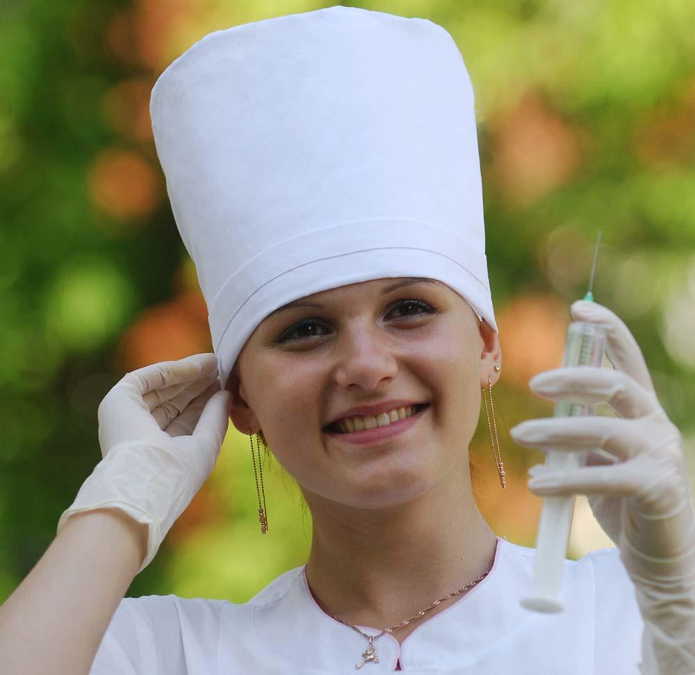 В больницах Николаевской области катастрофически не хватает медсестер.  Причем ситуация с обеспечением младшим...
